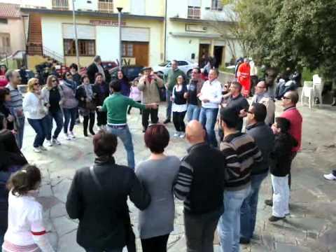 PASQUETTA A TONARA 09-04-2012 Divertimento tra amici Giocando al Coro degli Animali ad eliminazione