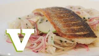 Seabass With Fennel And Apple Slaw: Back To Basics S01e5/8