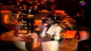 Barry White - What am i gonna do with you