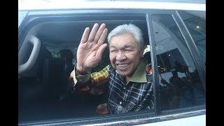 [LIVE] Comments by UMNO President, Datuk Seri Dr Ahmad Zahid Hamidi