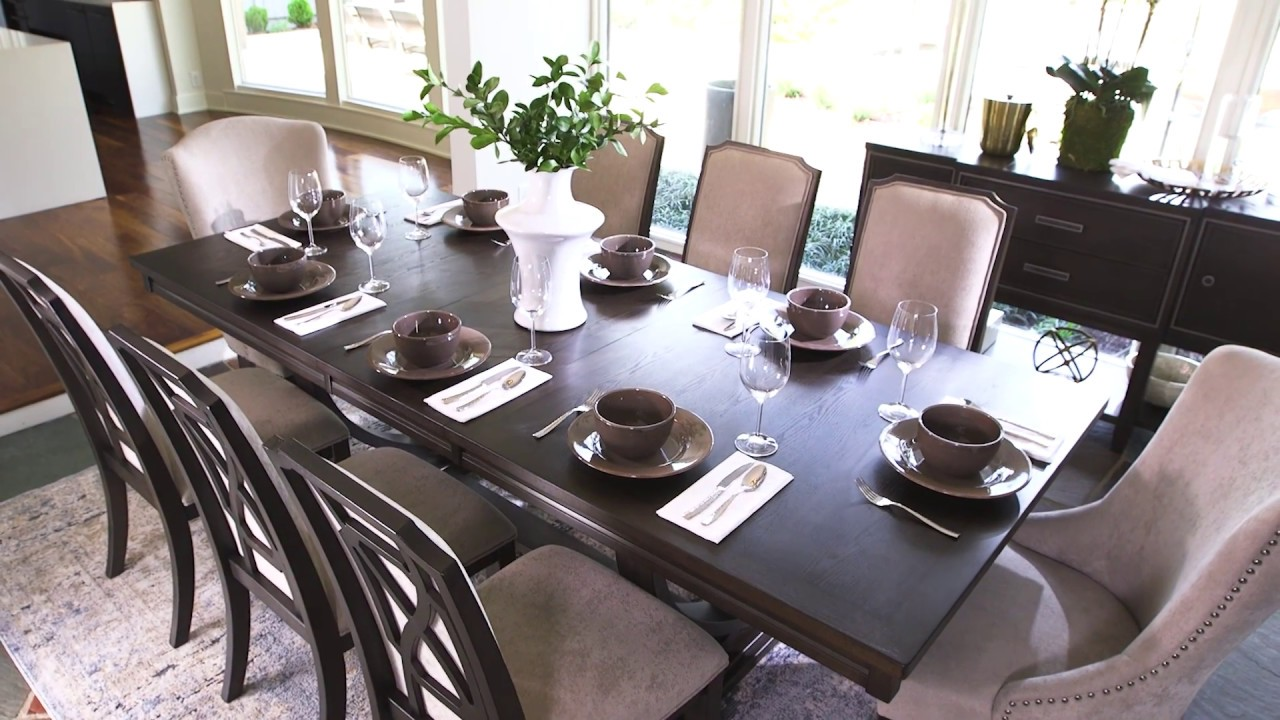 Ashley HomeStore | Zimbroni Dining Room