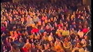 Уникальное видео. Кабаре двойников 1992 года. Часть третья. sobesednikam.ru