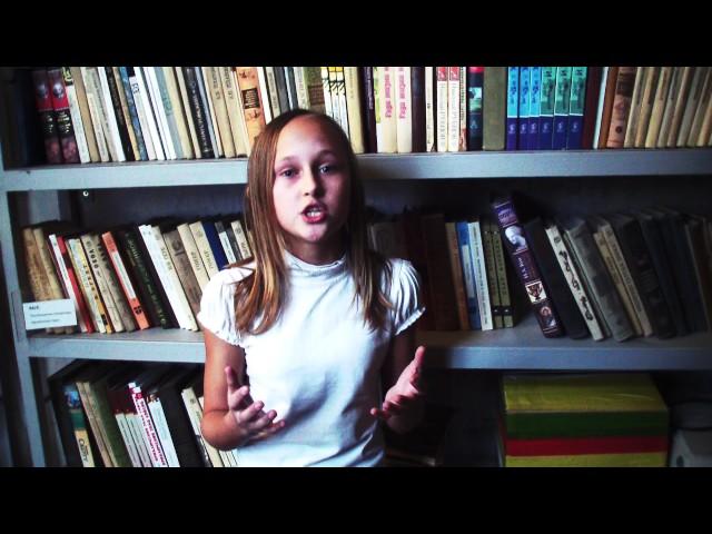 Изображение предпросмотра прочтения – ОлесяЦеркуник читает отрывок изпроизведения «Ты помнишь, Алёша, дороги Смоленщины» К.М.Симонова