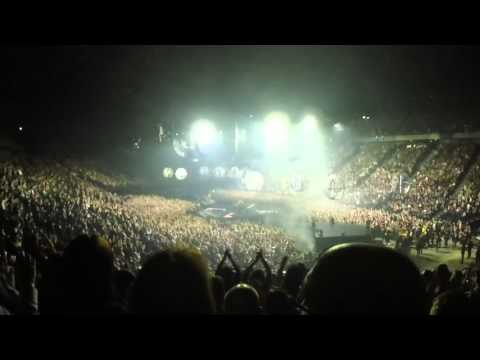 Muse - Drones tour - Full concert @ AccorHotels Arena (Paris Bercy, 04/03/2016)