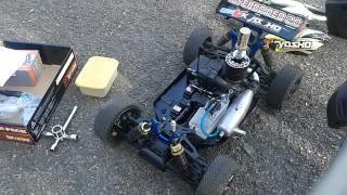 Demarrage d'une voiture thermique rc (kiosho)