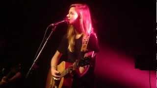 Claire Denamur - A child (live @ BSF)