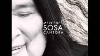 """Mercedes Sosa """"Cantora 1"""" Agua, fuego, tierra y viento con Soledad."""