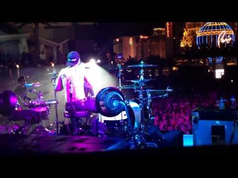 blink-182 Always live Las Vegas 2013 (Travis)