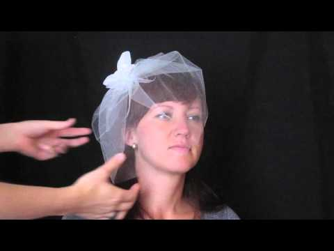 Two Ways To Wear A Tulle Blusher Veil From Veil Trends