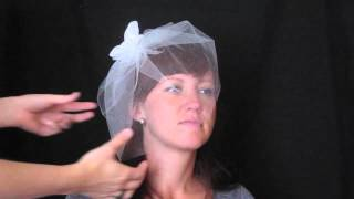Two ways to wear a tulle blusher veil from Veil Trends Thumbnail