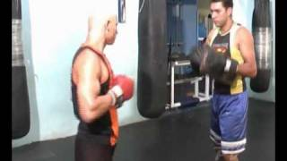 Circuito para treino de Kick Boxe