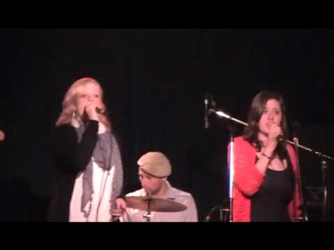 Annie Lennox, Aretha Franklin - Sisters Are Doing It For Themselves (cover)