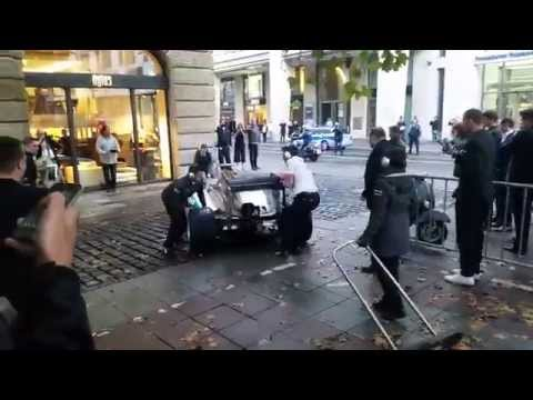Nico Rosberg racing through Frankfurt in F1 Car