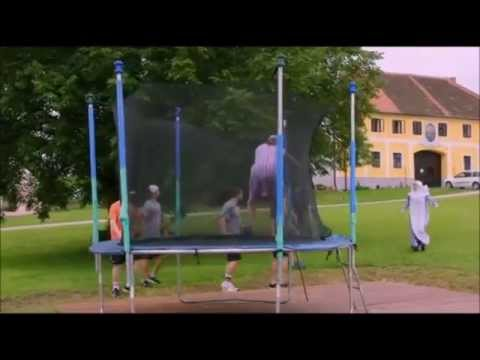 Babovřesky 2 - Zkouřená babička thumbnail