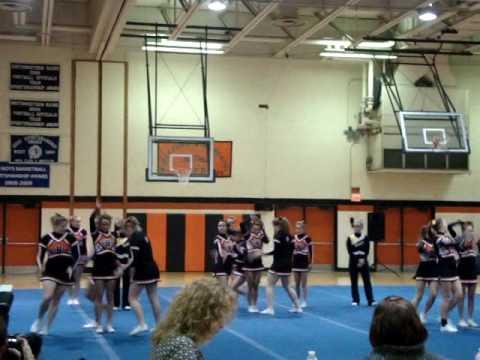 Biddeford High School Varsity Cheering Smaa S 2010 Youtube