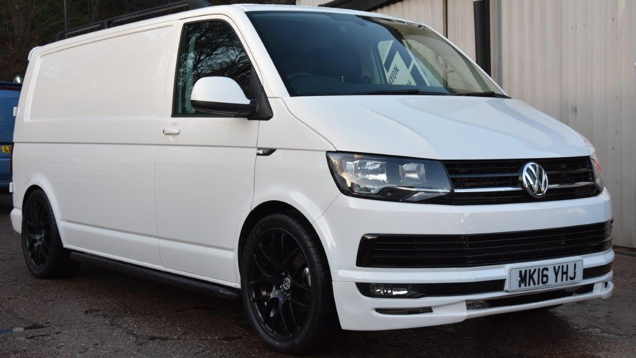 2016 vw t6 2 0tdi 140ps white lwb sportline pack youtube. Black Bedroom Furniture Sets. Home Design Ideas