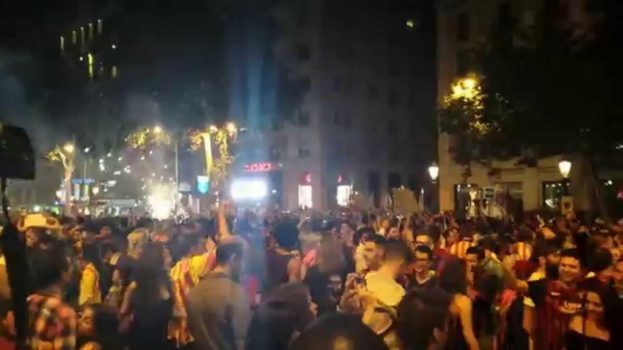 FC Barcelona Campeon de Europa 2015 Fiesta por la noche y Rua por la ciutad