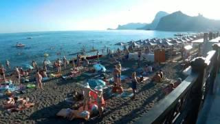 Количество отдыхающих на пляжах Судака 2016 года. Судак, лето, моря пляж.(Прошелся по набережной г. Судака для того чтобы по просьбе подписчиков показать количество отдыхающих..., 2016-07-17T13:03:11.000Z)