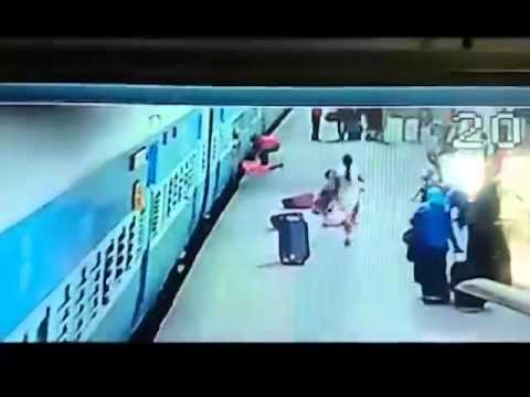 Borivali station CCTV footage of accident   Deccan Chronicle