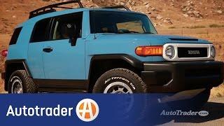 2014 Toyota FJ Cruiser | 5 Reasons to Buy | Autotrader