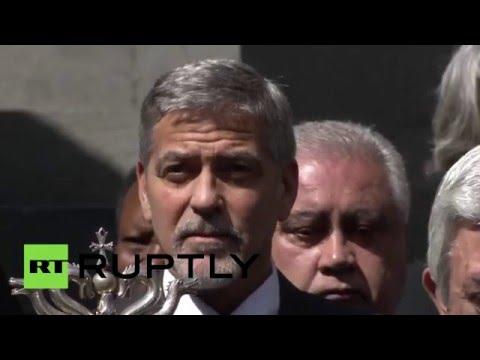 Президент Армении, Джордж Клуни и Шарль Азнавур почтили в Ереване память жертв геноцида армян