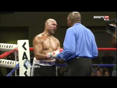 Erdei Zsolt  Madár vs Byron Mitchell - 2011-06-04