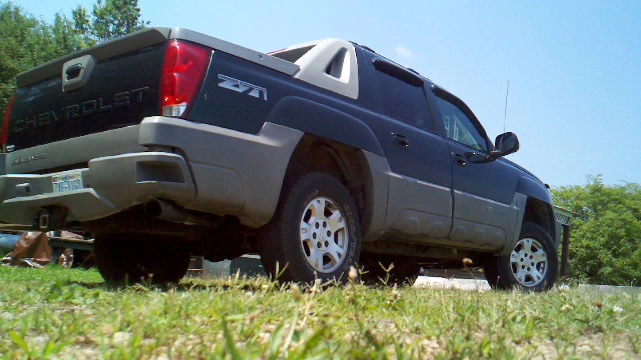 Avalanche chevy avalanche 33 inch tires : True Duals on Chevy Avalanche - YouTube
