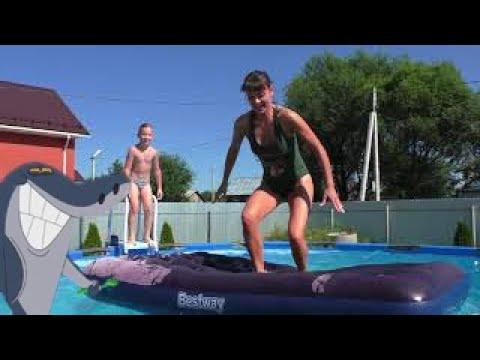 Купаемся в собственном бассейне   Установили каркасный бассейн Beastway   Прыжки на надувной матрас