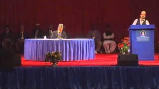 Urdu Nazm: Ik na ik din pesh ho ga tu fana kay samnay (Jalsa Salana USA 2011)