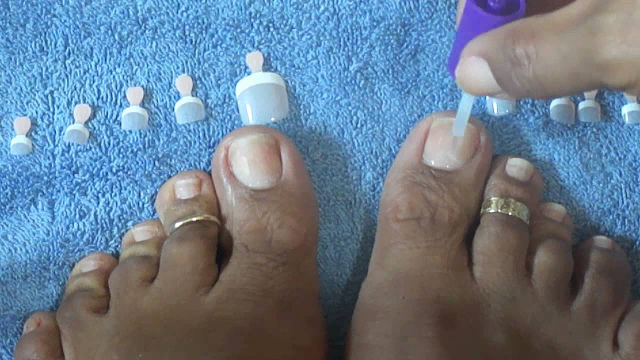 How to apply kiss salon french toenails tutorial youtube for Acrylic toe nails salon