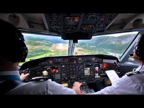 HD: Dash 8 STOL Landing Cockpit View
