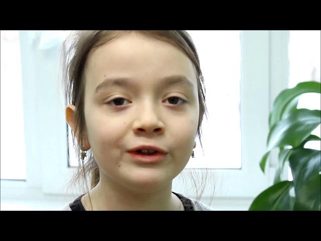 Изображение предпросмотра прочтения – НастяЕлисеева читает произведение «Девушка пела в церковном хоре» А.А.Блока