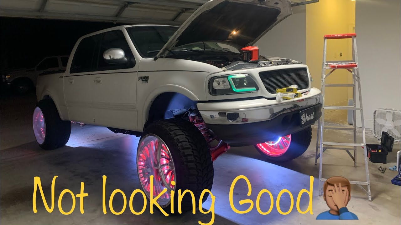 This Isn T Good Y All Wheel Light Install Lifted Trucks 26x16s Squatted Trucks Youtube
