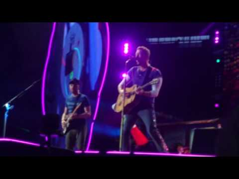 Coldplay - Every teardrop is a waterfall (Stade de France, 15/07/2017)