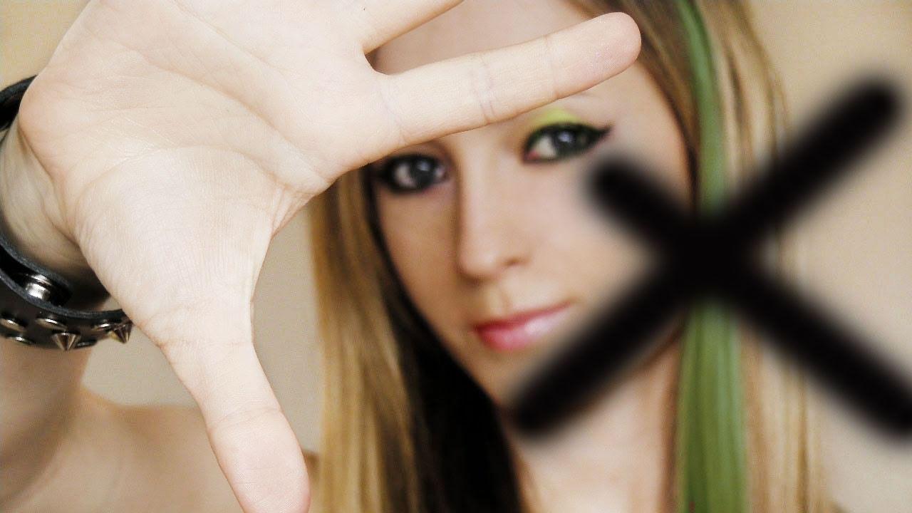 Avril Lavigne Makeup Tutorial Smile