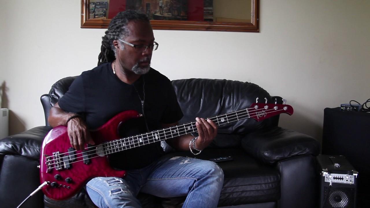 Alembic Elan 4 Bass Sounds