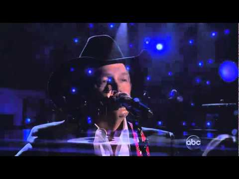 George Strait-The Breath You Take,CMAs Nov 10,2010
