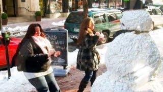 Scary Snowman Goes Gangsta *IN THE HOOD*
