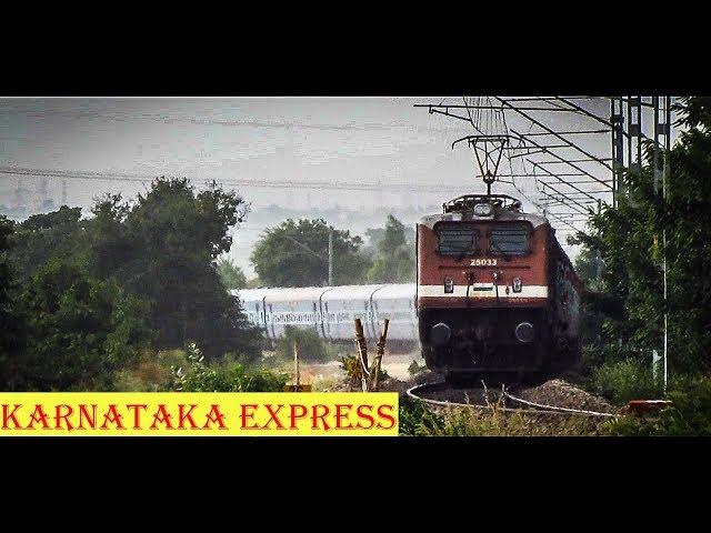 TRACTION CHANGE - WAP4 with the KARNATAKA Express !!