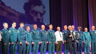 Сотрудники МЧС поздравили медиков Бердска