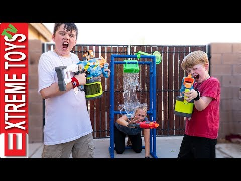 Babysitter down! Sneak Attack Squad Nerf Battle Vs Aunt!