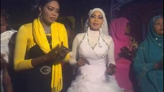 Как гуляют на свадьбе в Африке