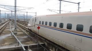 北陸新幹線「はくたか566号」東京行きが上越妙高駅を発車 thumbnail