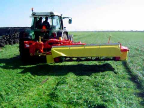 gras maaien trekkerweb