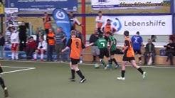 Fussballmannschaft der Werkstatt Lebensbrücke Glauchau, in der Sachsenwerk Arena Dresden