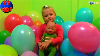 ✔ Кукла Беби Борн Ярослава и подружка Валя устраивают День Шариков. Baby Born the Day of balloons.