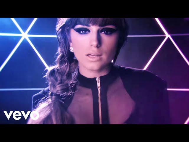 Cher Lloyd - Swagger Jagger Travel Video