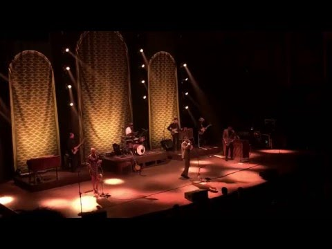 Leon Bridges - Helpless (Neil Young Cover) (Massey Hall 2016) mp3
