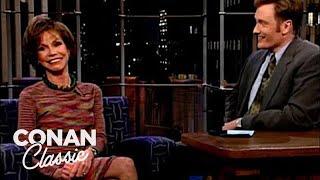 Mary Tyler Moore Stalked Marlon Brando - 'Late Night With Conan O'Brien'