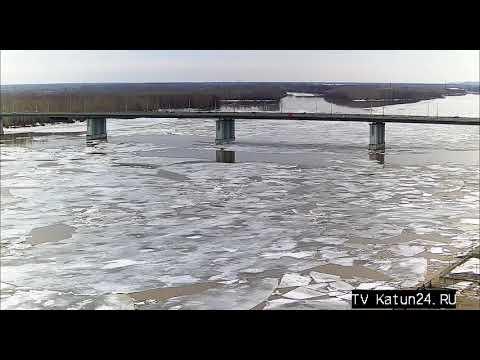 Веб-камеры К24: огромные льдины появились на Оби